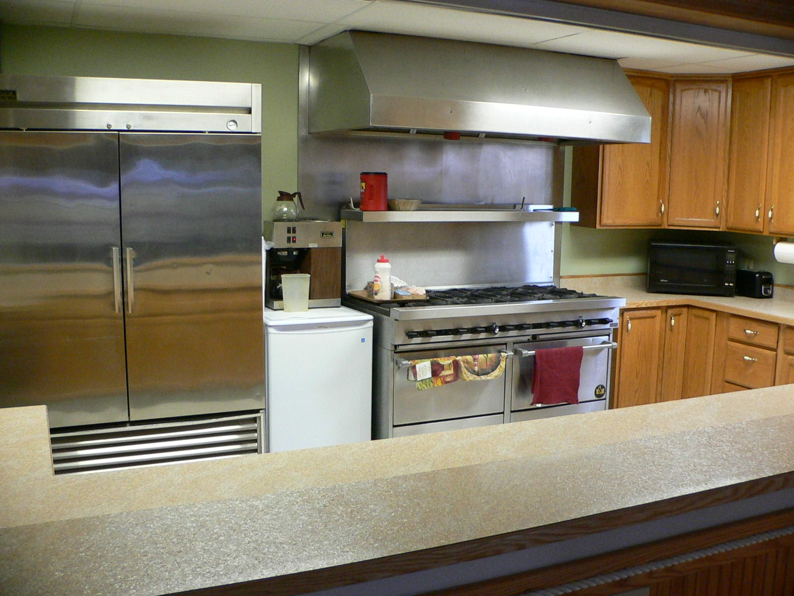 Commercial Appliances at Home | Edgewood Cabinetry