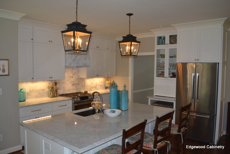 kitchen remodel avoid going over budget edgewood cabinetry